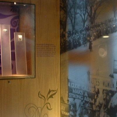 400 x 400 suffragette